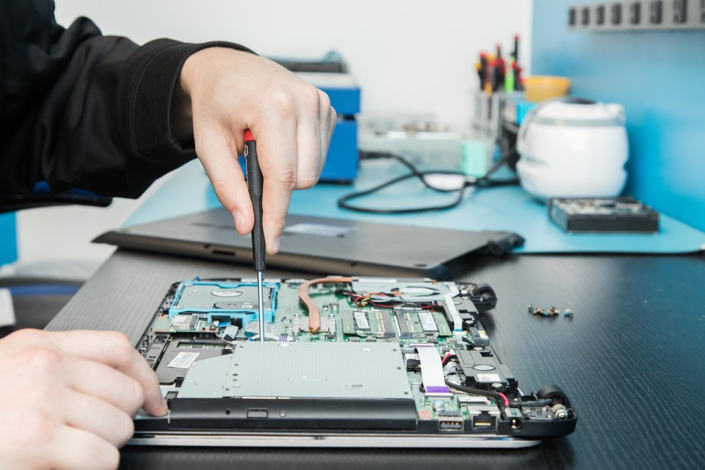 Off-Venue Computer Repair: The Simpler Solution