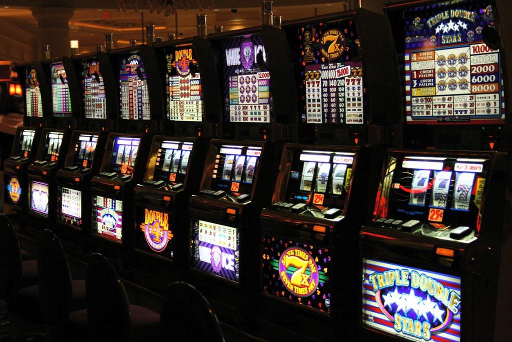 Testing Your Gambling Skills With Goldenslot!
