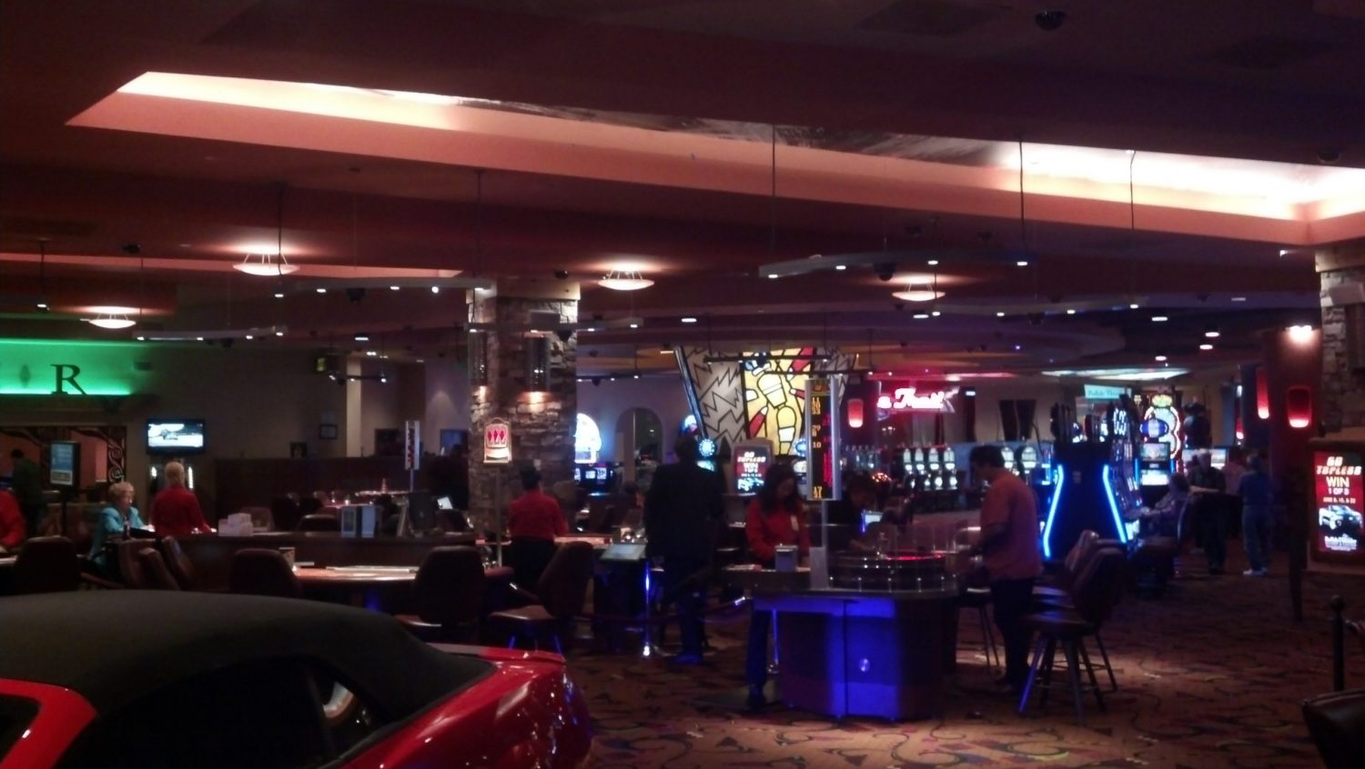 Why You Should Consider Playing Online casino Games