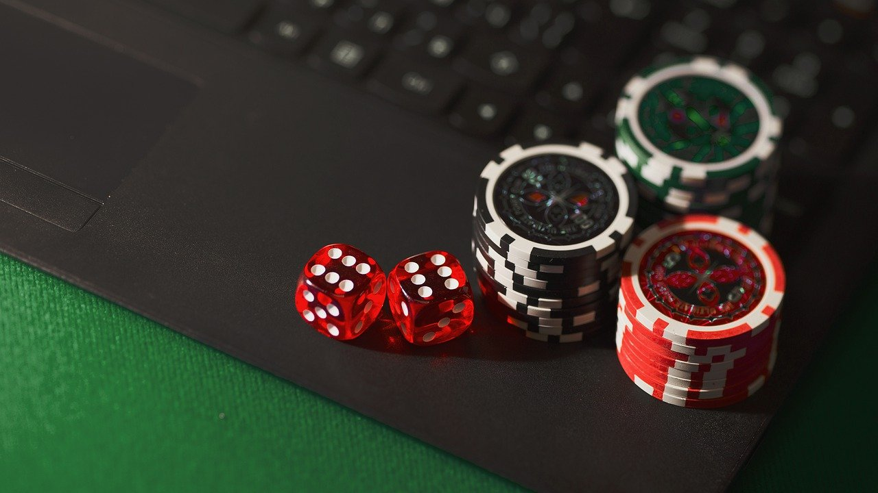 Play and Win Money in Online Baccarat
